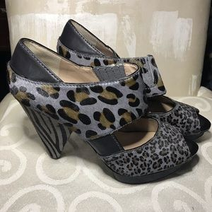 Rachel Rachel Roy gray pony hair peep toe plumps